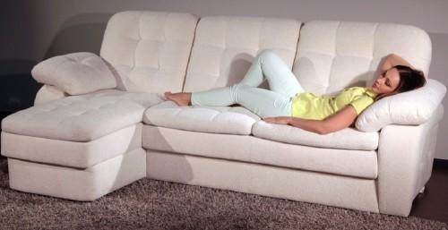 Как выбрать угловой диван для ежедневного сна