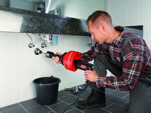 Как прочистить трубы канализации
