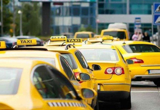 Выгодное такси в Алуште