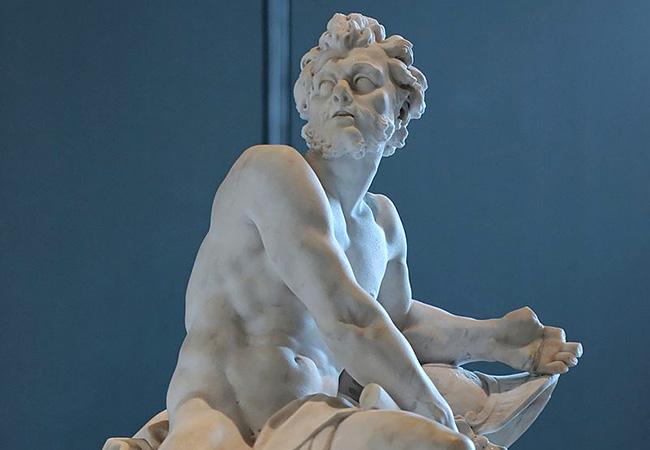 Скульптуры из гипса в интерьере