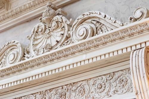 Лепнина из гипса – оригинальный дизайн интерьера и экстерьера