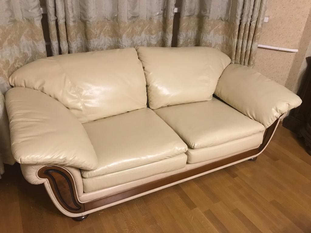Преимущества обивки мебели перед ее покупкой