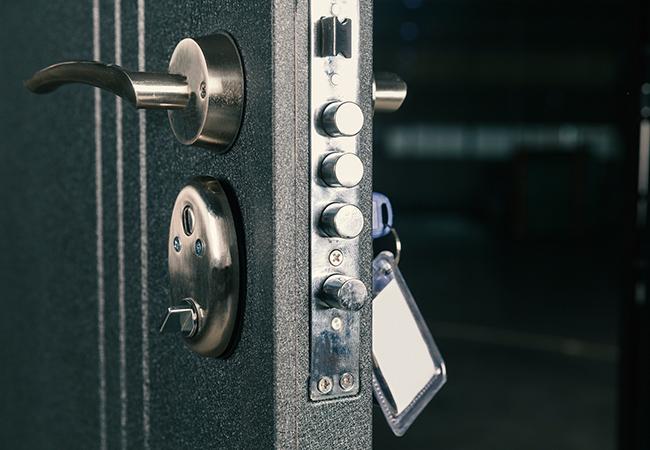 Преимущества электронных замков для гостиниц