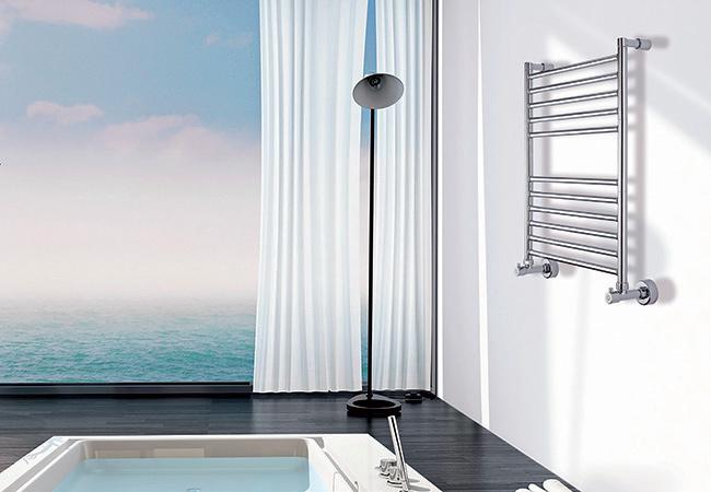 Особенности правильного выбора полотенцесушителя с боковым подключением